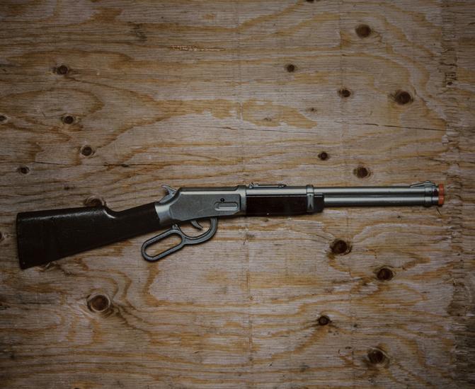 Shot Gun (20x24 cibachrome)